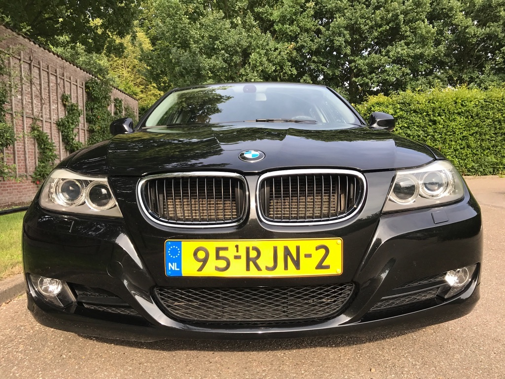 bmw 318i touring e91 betaalbaar bmw touring rijden. Black Bedroom Furniture Sets. Home Design Ideas